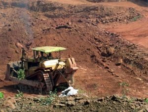 #KhabarLive Hyderabad | Hyderabad, KhabarLive, Breaking News, Business,  Analysis, vanthada_mining_machine_650-300x228 How 'Bauxite Mining' Has Affected 'Tribals And Adivasis' In East Godavari District Of Andhra Pradesh? #KhabarLiveExclusive #LegalTangle #OperationCrime #PoliceAction #PollKhol #PublicVoice #SheerNeglect #StraightTalk Andhra Pradesh Cities & Towns Corporate Woes Featured Investigation Law & Justice Political Conspiracy Social Issues Special Report